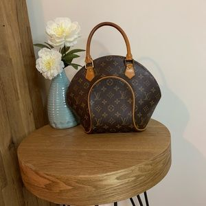 💯 Authentic Louis Vuitton Ellipse PM